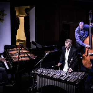 Alessandro Di Liberto, Darryl Hall, Joe Locke